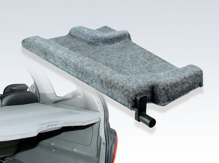 Car rear shelf in laminated structure with PLATAMID® - Hot Melt adhesive